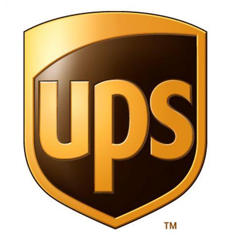UPS Zebra логистични етикети, термодиректни 102mm x 152mm, core 76mm