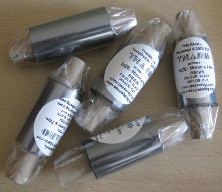 "Термотрансферна лента, резинова - RESIN, 55mm X 74m, шпула ф(1/2"") 12,5mm, OUT, черна"